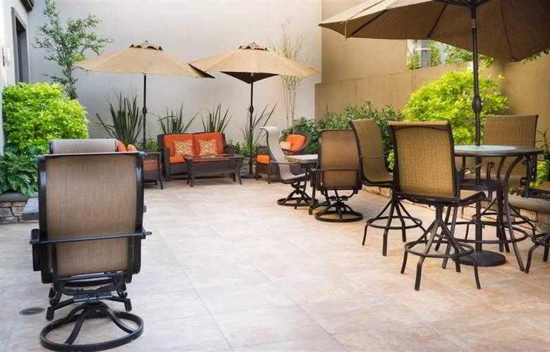 Best Western Premier Monterrey Aeropuerto - Hotel - 41