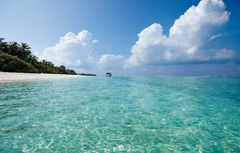 Palm Beach Resort & Spa Maldives - Beach - 38