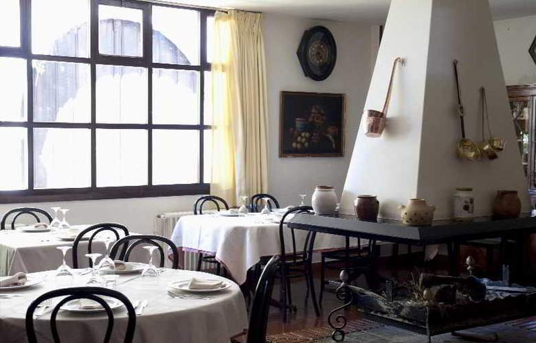 Los Infantes - Restaurant - 12