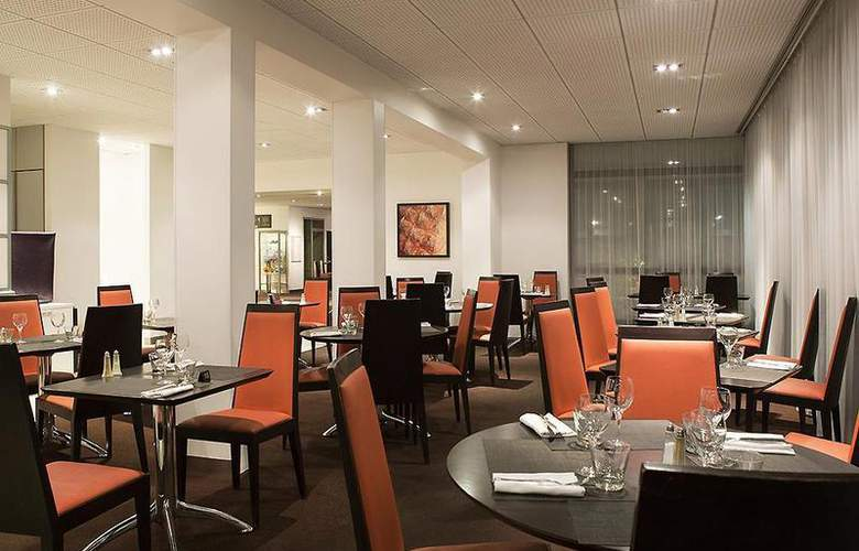 Novotel Bordeaux Aéroport - Restaurant - 56