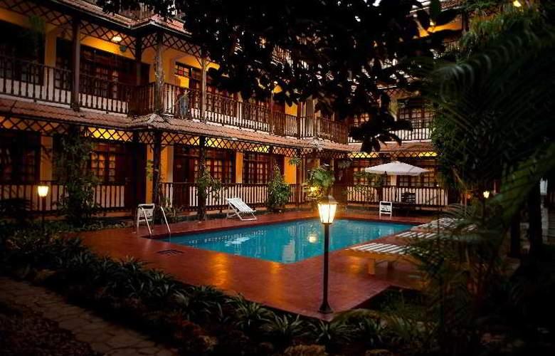 Protea Hotel Courtyard - Pool - 12