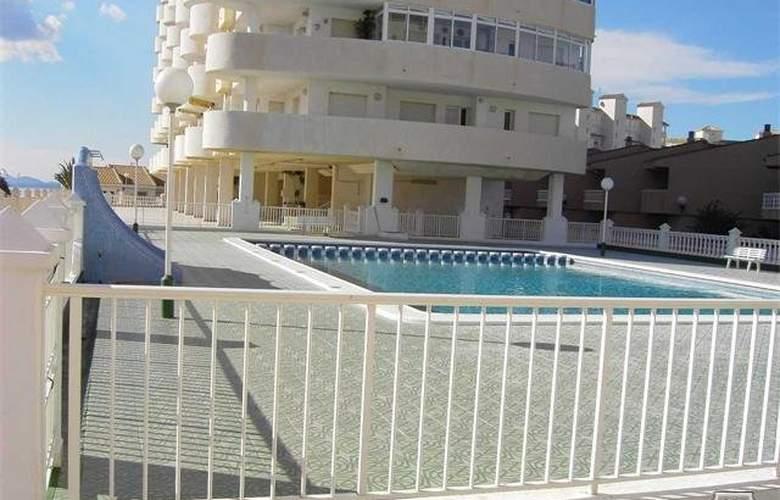 Apartamentos Aluse - Pool - 0