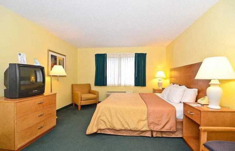 Best Western Ambassador Inn & Suites - Hotel - 27