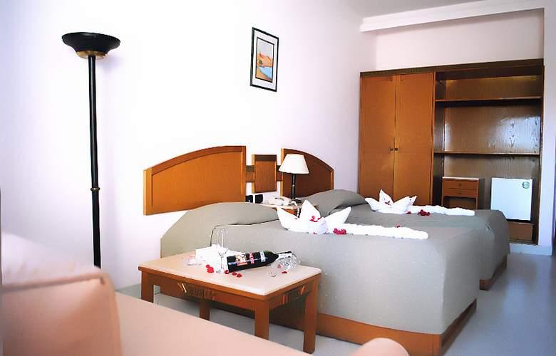 UniSharm Hotel (Karma) - Room - 1