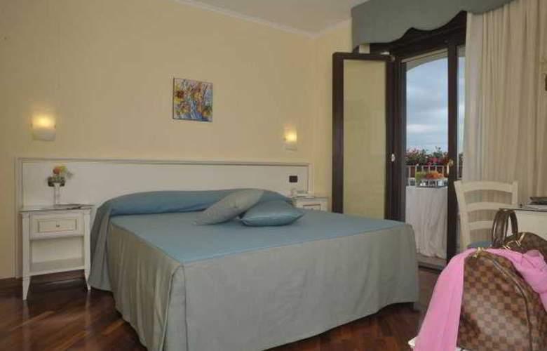 Costa Hotel - Room - 5