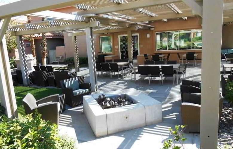 Residence Inn by Marriott Palm Desert - Terrace - 7