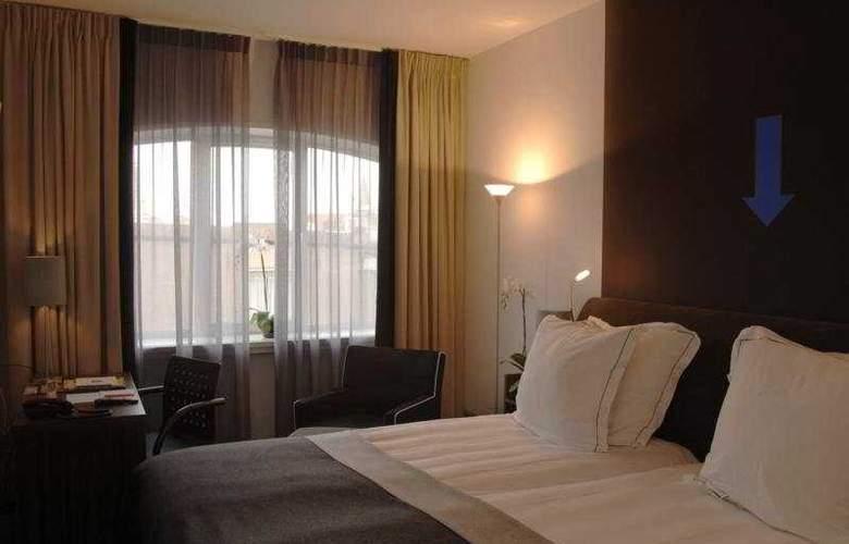 Rembrandt Square Amsterdam - Room - 2