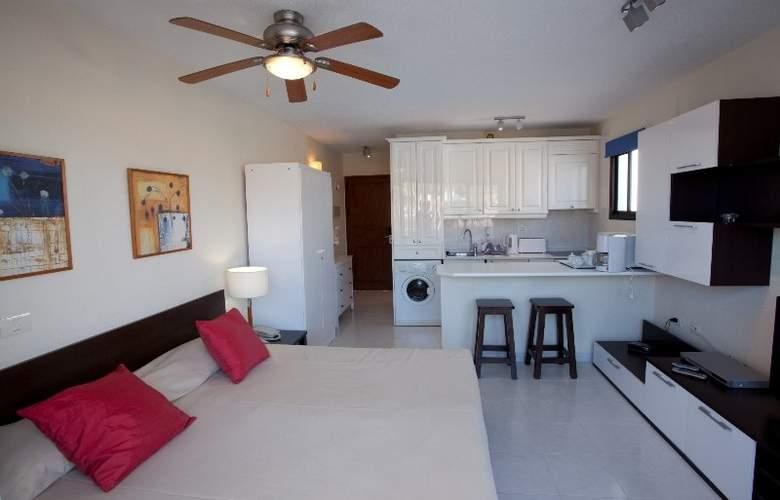 Select Sunningdale - Room - 11