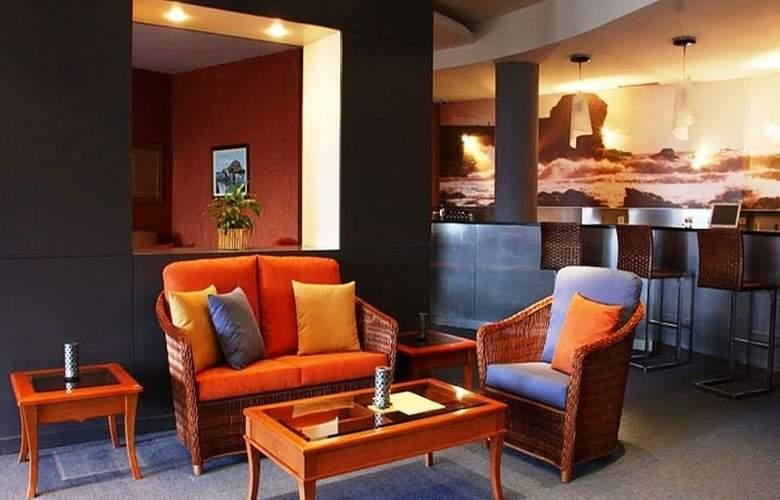 Galo Resort Hotel Moniz Sol - Bar - 8