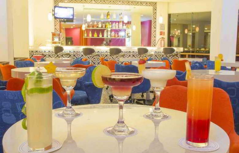 Best Western Real de Puebla - Bar - 47