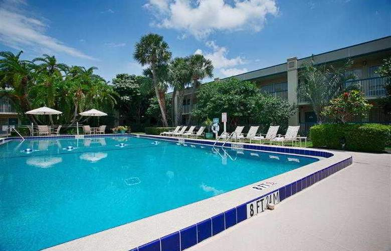 Best Western Plus Downtown Stuart - Hotel - 39