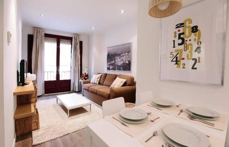 Ramblas Apartments - Room - 8