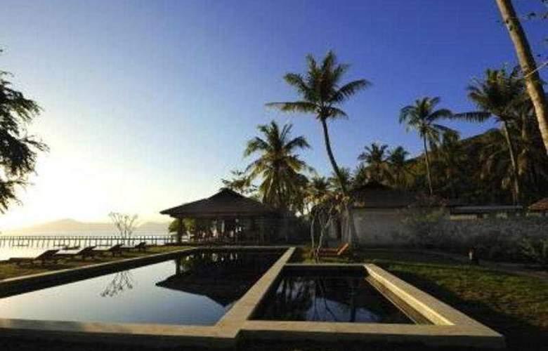 Cocotinos Sekotong - Pool - 4