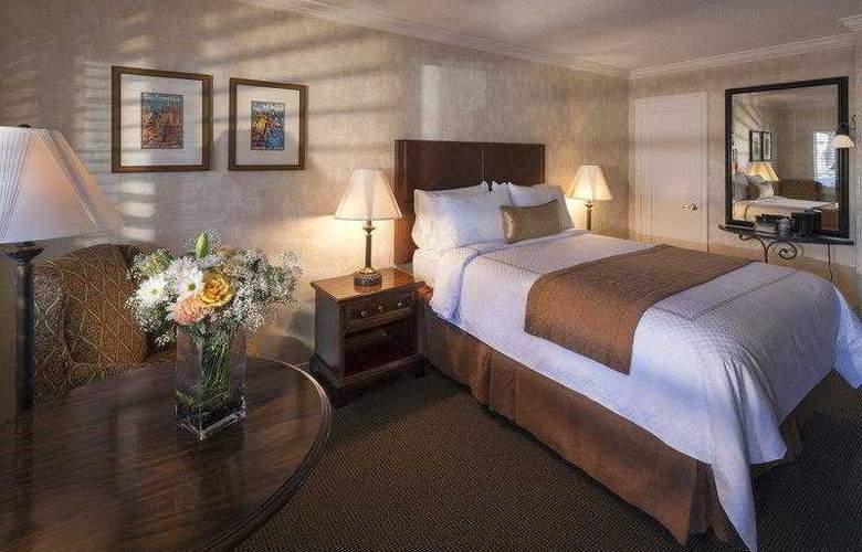 Best Western Plus El Rancho - Hotel - 25