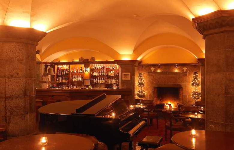 Adare Manor Hotel - Bar - 3