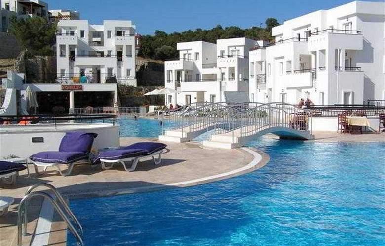 Club Pedelisa Apart - Pool - 4