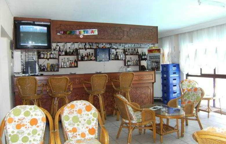 Senaydin Apartments - Bar - 6