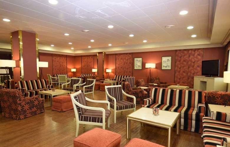 Tuca Hotel - Bar - 15