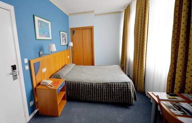 Seminario Bilbao - Room - 7