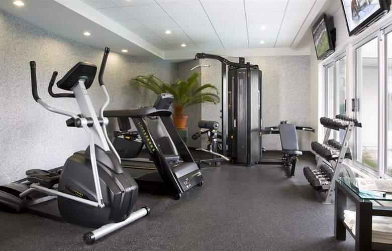 Best Western Hotel Aristocrate Quebec - Sport - 75