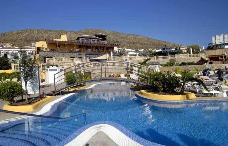 Paradise Park Apartamentos - Pool - 6