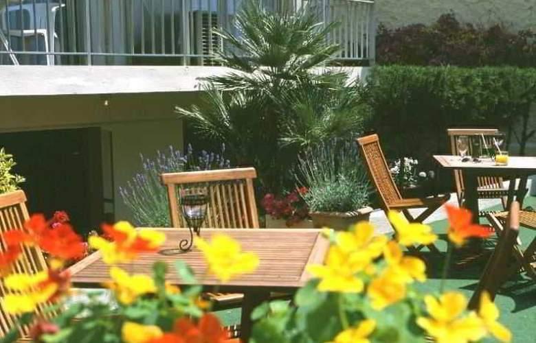 Hôtel Abrial Cannes Centre - Terrace - 8