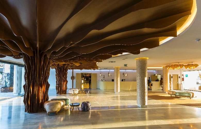 Grand Palladium White Island Resort & Spa - General - 8