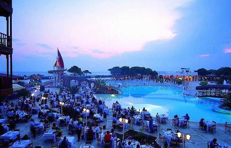 Letoonia Golf Resort - Pool - 8