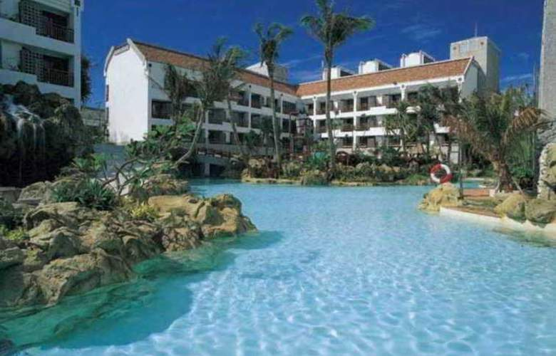Yoho Beach Resort - Pool - 5