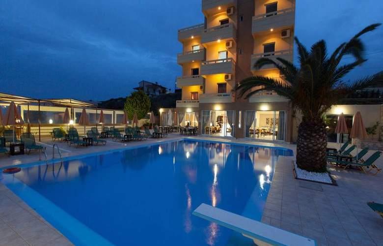Top Hotel - Hotel - 0