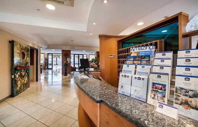 Best Western Ara Solis - Hotel - 20