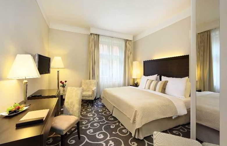 Grand Hotel Bohemia - Room - 11