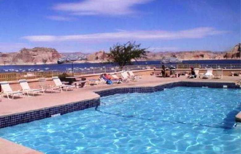 Lake Powell Resort - Pool - 2