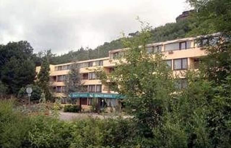 Quality Hotel Wasgau - Hotel - 0