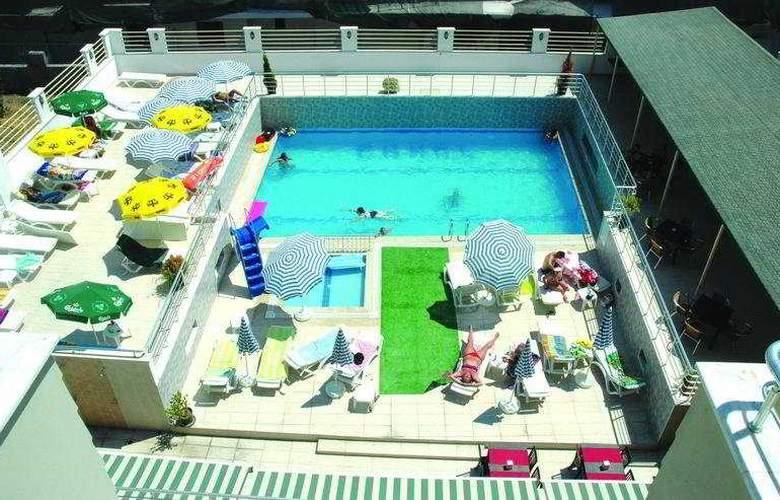 Erkal Resort - Pool - 5