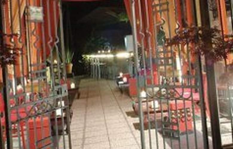 Town House 31 - Bar - 3