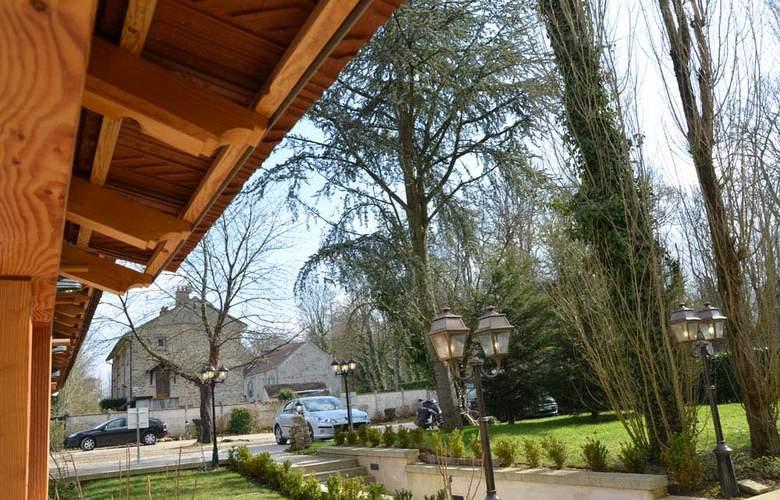 Auberge du Cheval Blanc - Hotel - 4