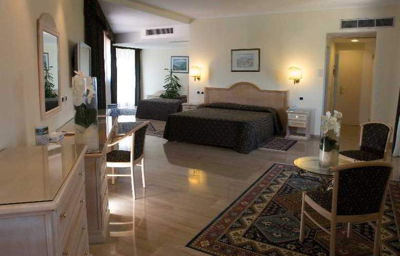 Sant Alphio Garden - Room - 5