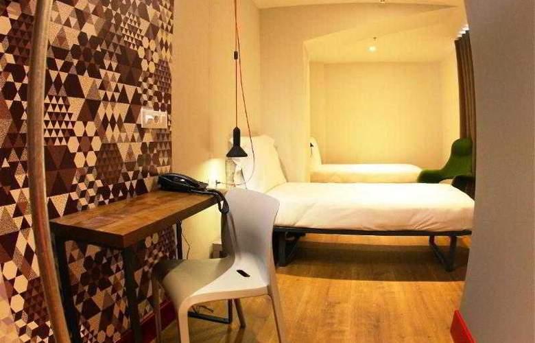 Generator Hostel Barcelona - Room - 9