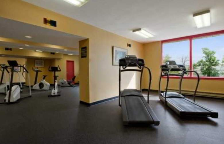 Travelodge Montreal Airport - Sport - 6