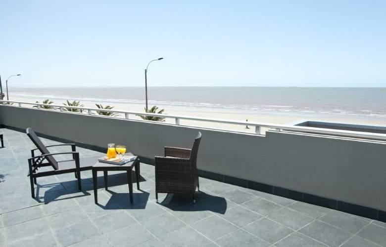 Regency Rambla Design Apart Hotel - Terrace - 9
