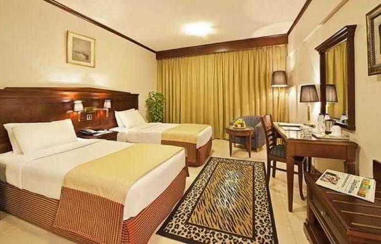 Admiral Plaza - Room - 4
