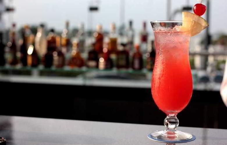 Wyndham Guayaquil - Bar - 15