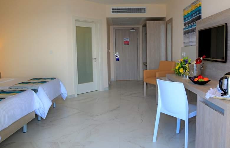 Riviera Resort & Spa - Room - 8