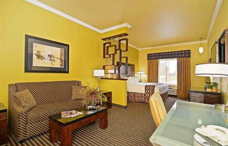 Best Western Plus Christopher Inn & Suites - Hotel - 96