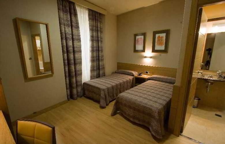 Hostal El Pasaje - Room - 18