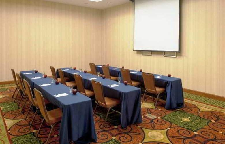 Hilton Garden Inn Lake Forest Mettawa - Conference - 9