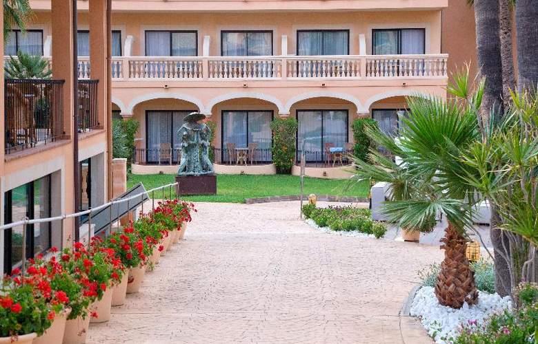 Mon Port Hotel Spa - Hotel - 11
