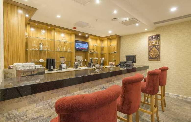 Midmar Hotel - Bar - 26