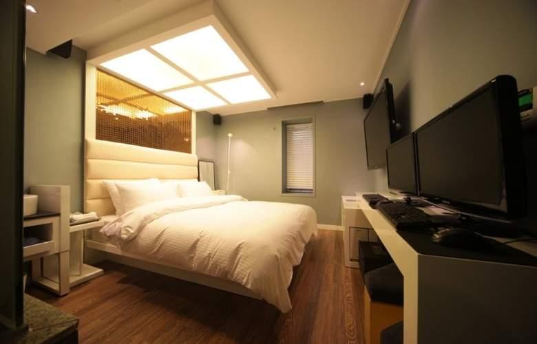 Vogue - Room - 6